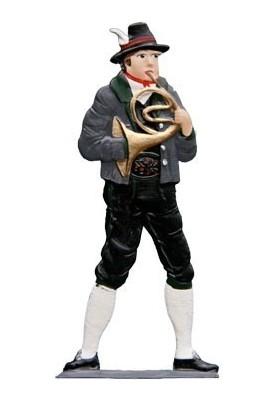 Hornist standing