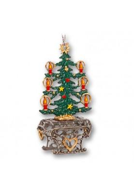 3D Christmas Tree on Pedestal