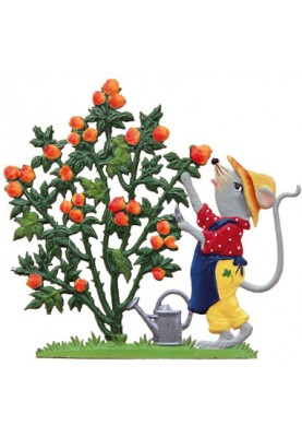 Maus mit Rosenbusch stehend